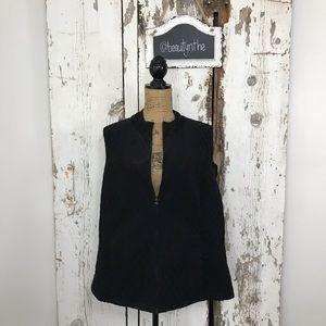 -PLUS- Black corduroy quilted vest